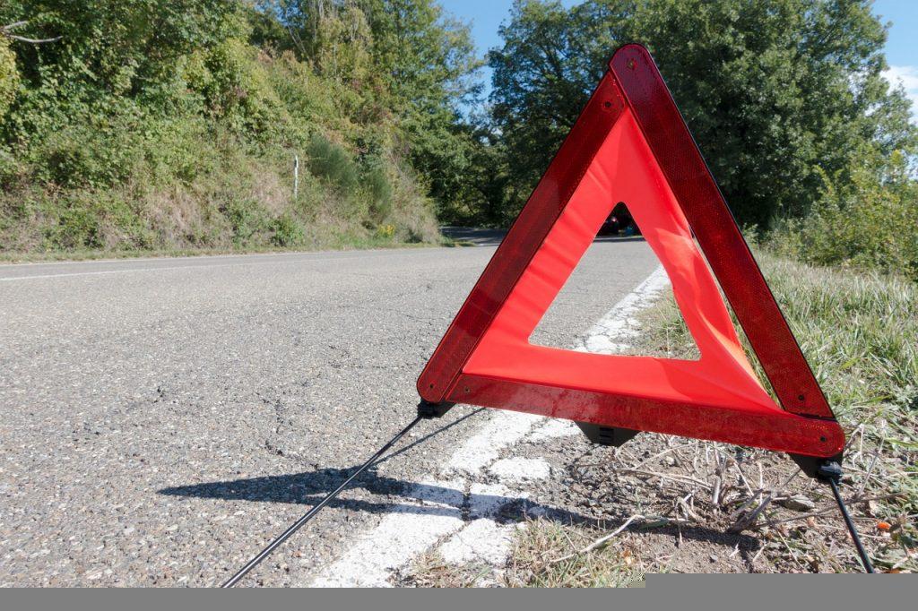 高速道路で愛車が故障1